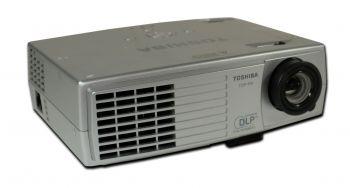 Toshiba TDP-P9 Beamer